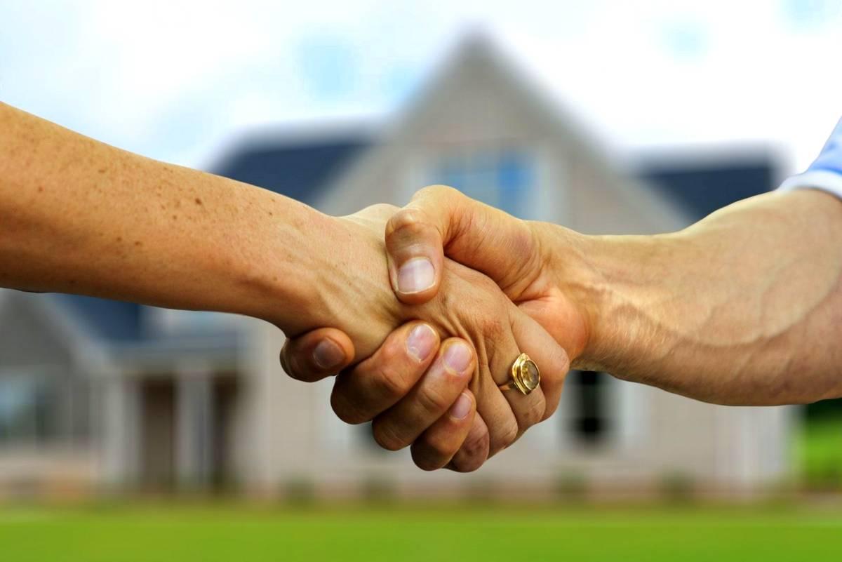 Blockhaus Kunden handshake